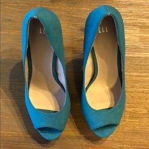 Color block heels - like new - 6.5